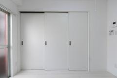 202号室 (51)