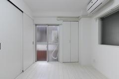 202号室 (64)